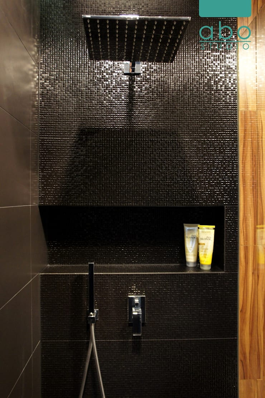 łazienka w domu jednorodzinnym: styl , w kategorii Łazienka zaprojektowany przez abostudio,Nowoczesny