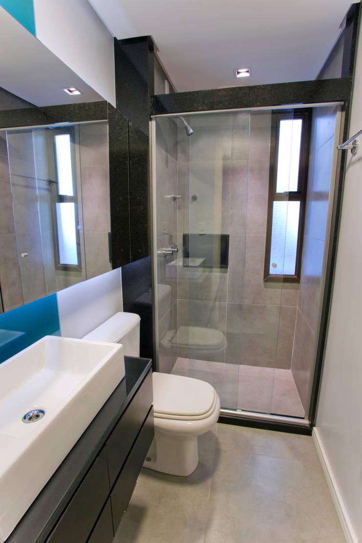 浴室 by Maxma Studio, 現代風