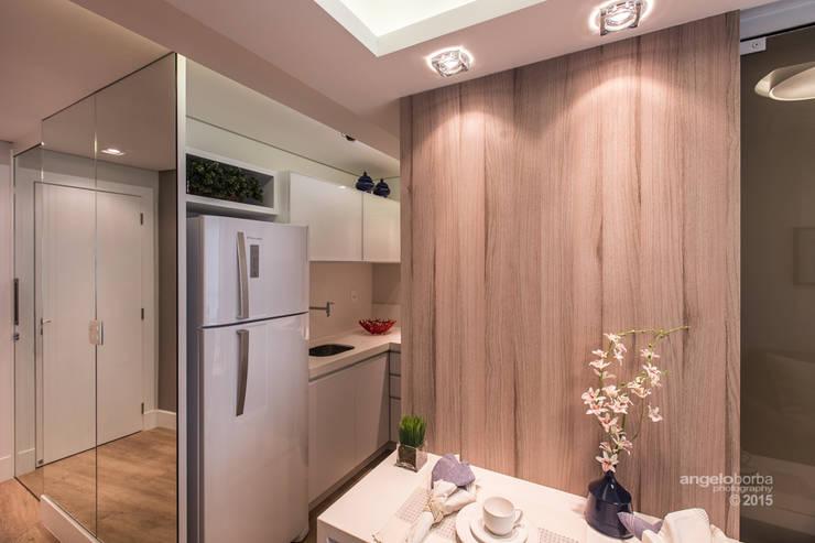 Cocinas de estilo  por Claudia Stach e Daniela Bordignon Arquitetura