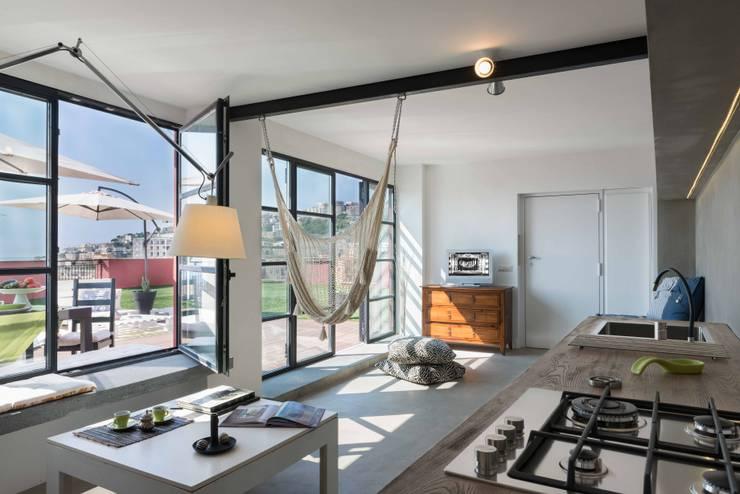 Terrazas de estilo  de architetto Lorella Casola