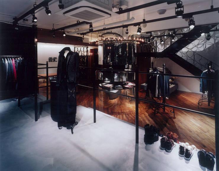 BEVERLY HILLS CHOPPERS: DESIGN LABEL KNOTが手掛けた商業空間です。
