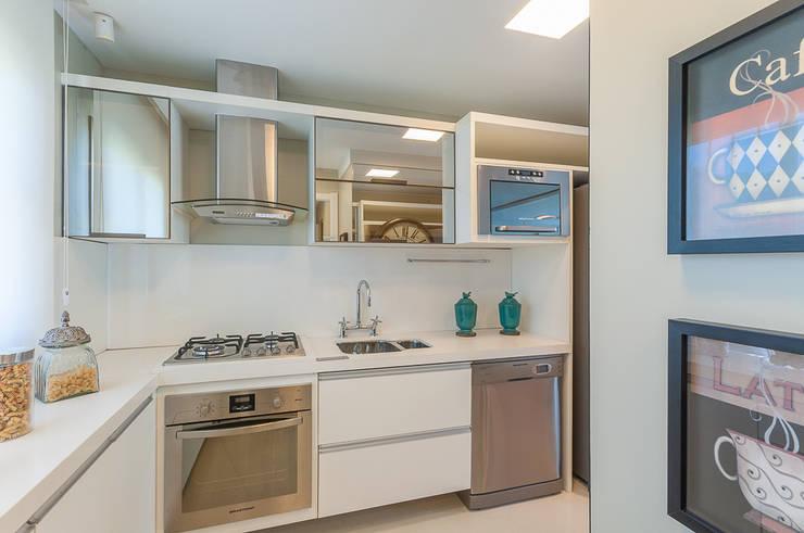 Apartamentos Decorados: Cozinha  por ME Fotografia de Imóveis
