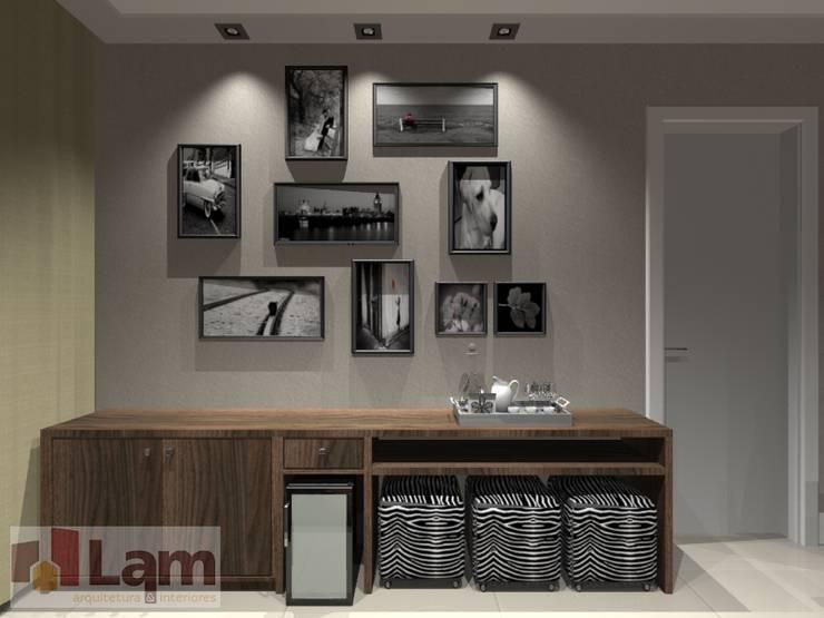 Sala de Estar - Projeto:   por LAM Arquitetura | Interiores,
