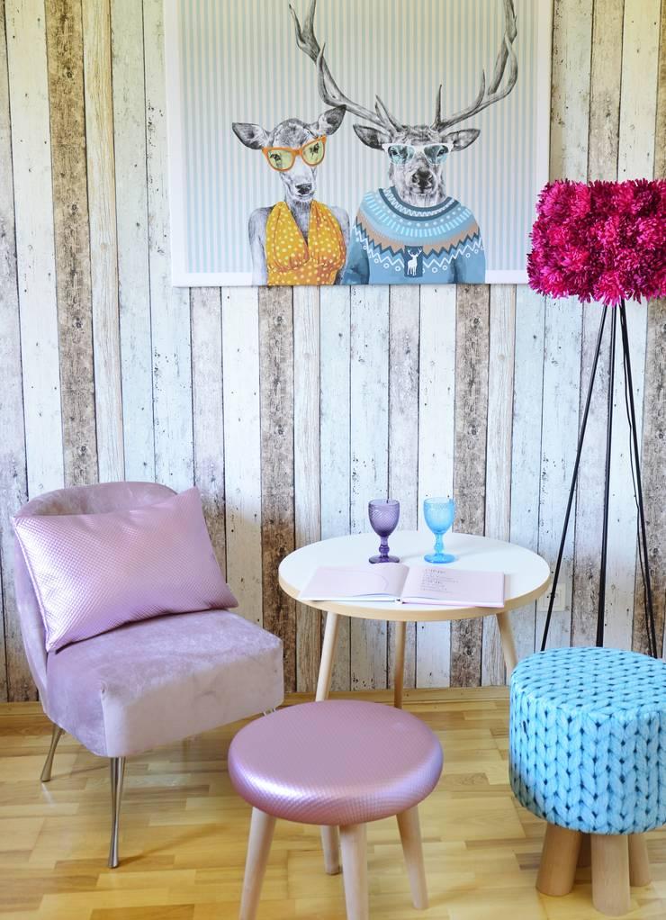 """Meble do salonu """"Sit & Kivi"""": styl , w kategorii Salon zaprojektowany przez onemarket.pl"""