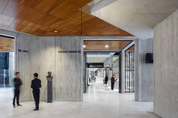 Ruang Multimedia oleh Baars & Bloemhoff, Modern