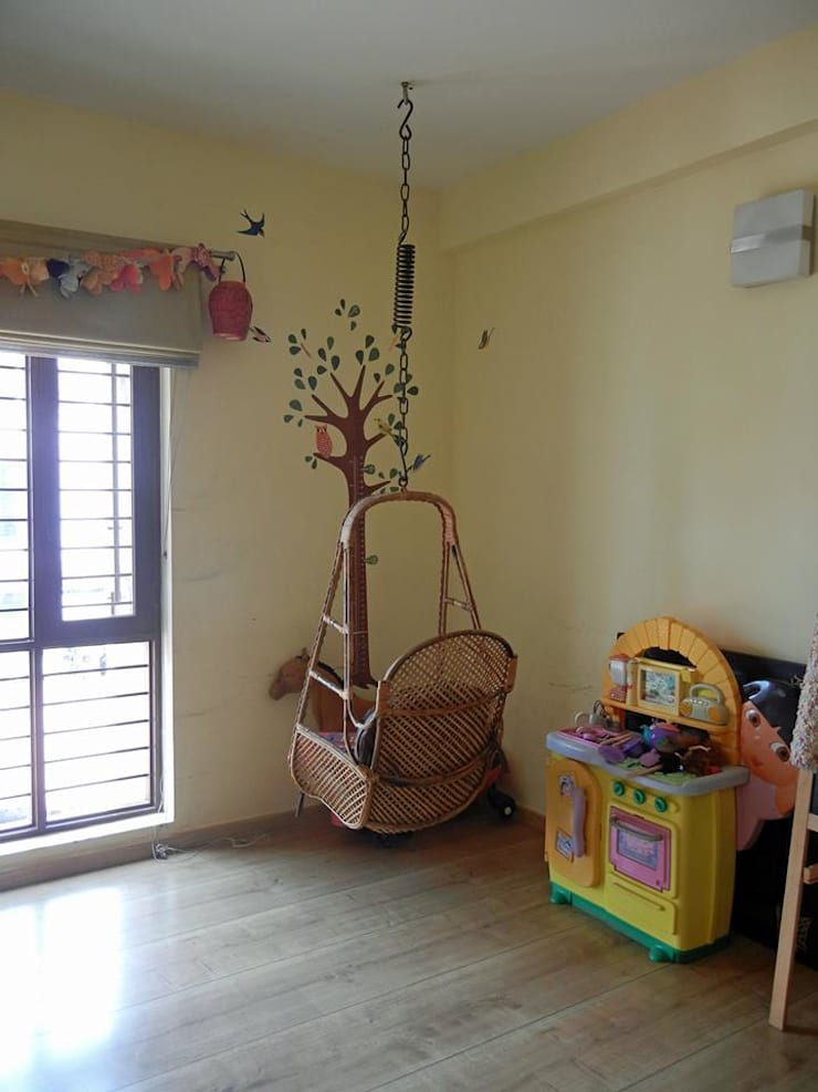 Villa at Ezperenza, Whitefield:  Nursery/kid's room by Interiors By Suniti