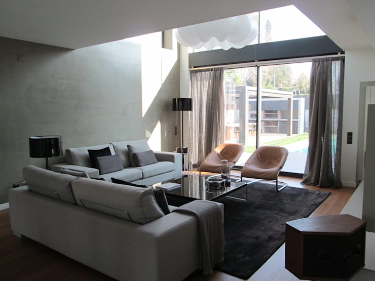 Salón: Salones de estilo  de Marc Pérez Interiorismo