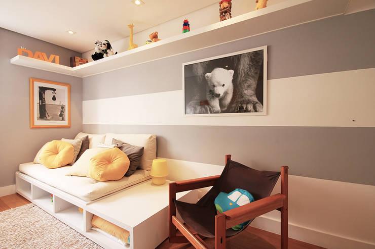 Apartamento Moema: Quarto infantil  por Officina44,Moderno