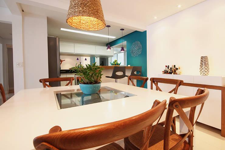 Apartamento Moema: Salas de jantar  por Officina44,Moderno