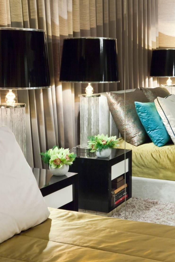 APARTAMENTO LISBOA: Quartos  por Manuel Francisco Jorge interior Design Studio