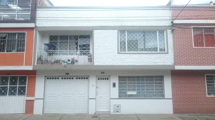 Fachada principal (vista frontal): Casas de estilo  por MVP arquitectos