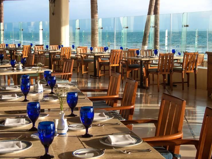 Restaurante Azul.: Comedores de estilo  por MC Design