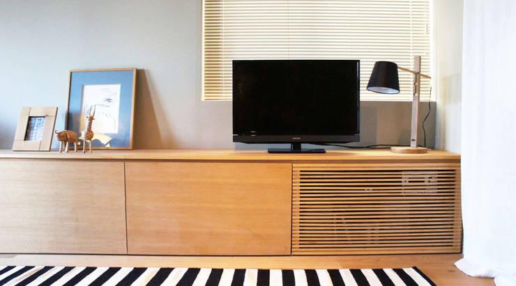 Matsumicho House: イロリイデザインが手掛けた多目的室です。,