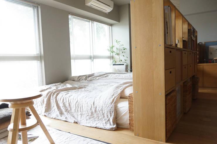 Matsumicho House: イロリイデザインが手掛けた寝室です。,