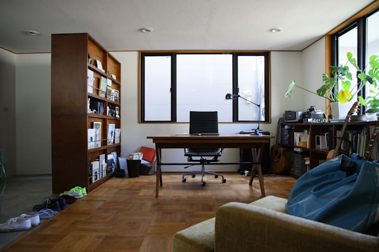 TOKYO STANDARD HOUSE case2: HOUSETRAD CO.,LTDが手掛けた書斎です。