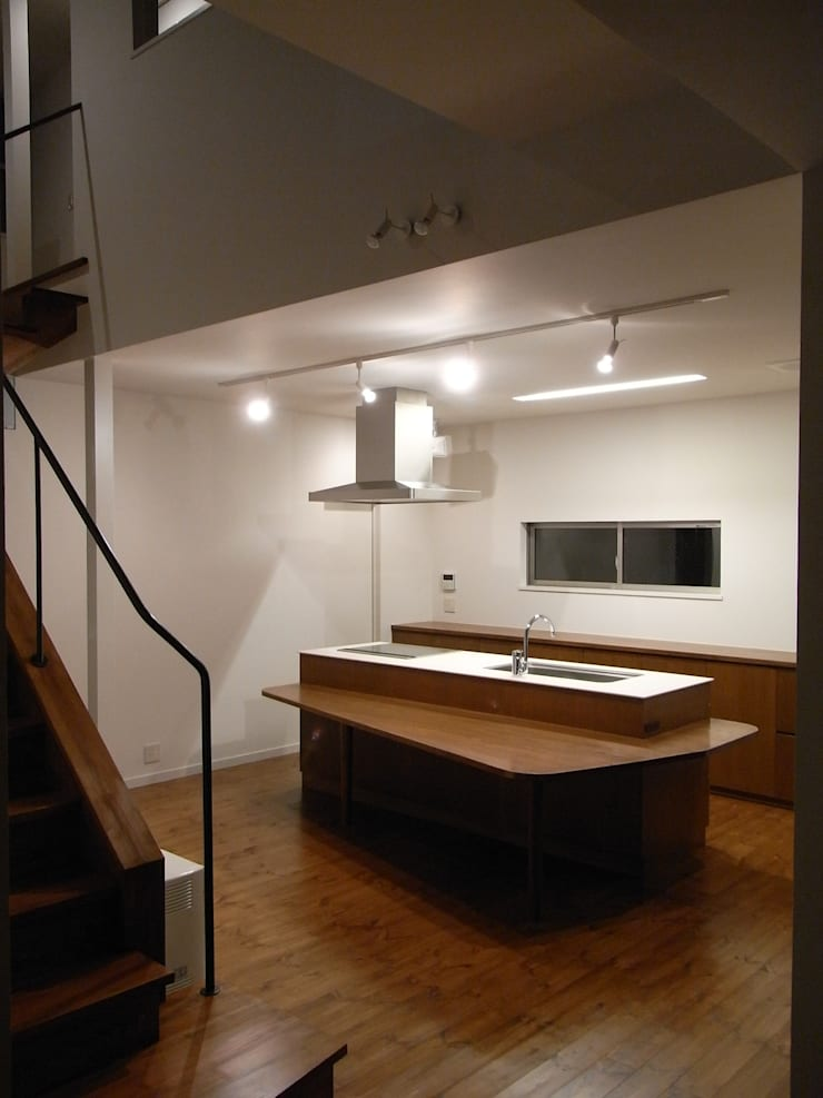 小原田の家: 市川設計スタジオが手掛けたキッチンです。,