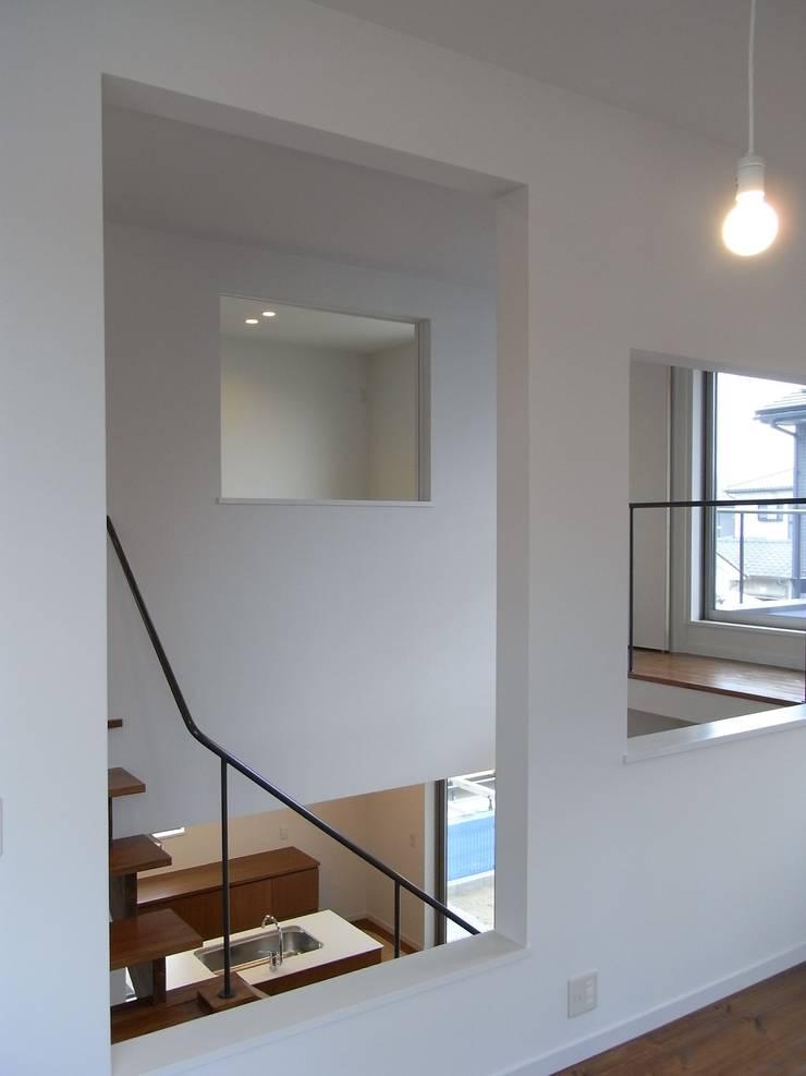 小原田の家: 市川設計スタジオが手掛けた和室です。,