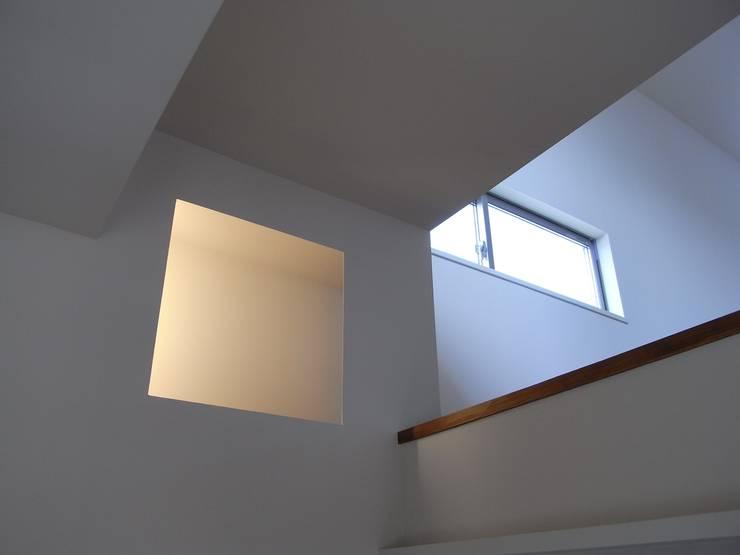 小原田の家: 市川設計スタジオが手掛けた窓です。,