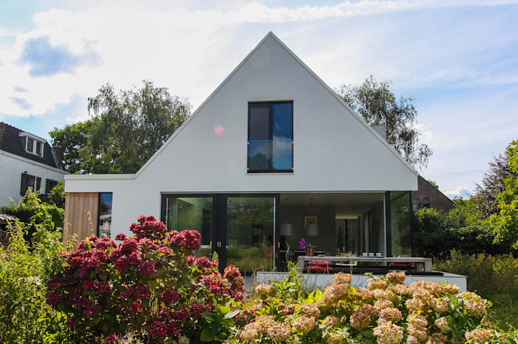 Woning te Vreeland:  Huizen door ScanaBouw BV