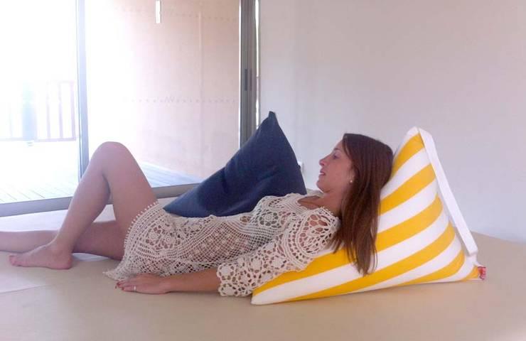 triipi® BIG, almofada para encostar: Jardim  por triipi® everything pillow