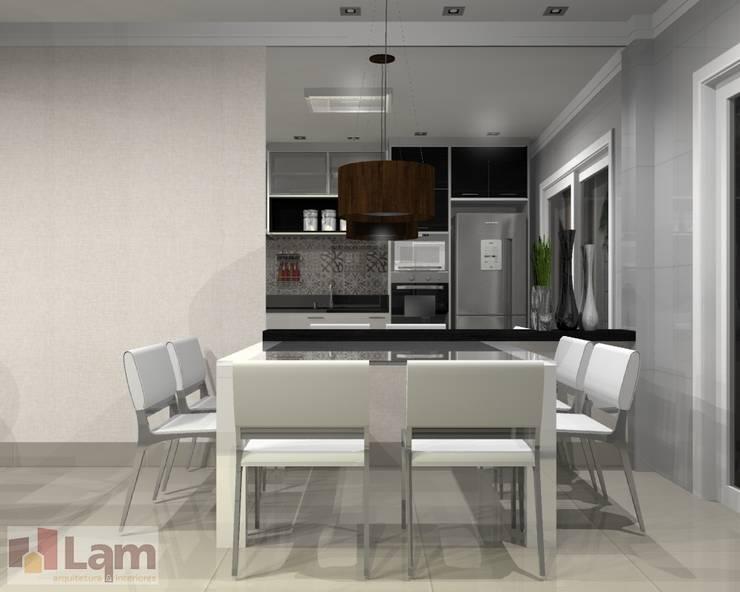 Sala de Jantar - Projeto:   por LAM Arquitetura | Interiores
