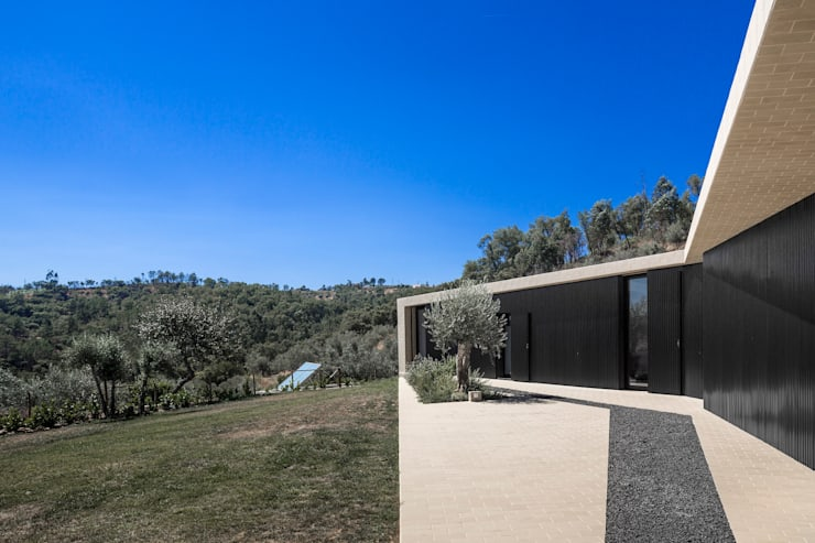 Tomar Hill House:   por CONTAMINAR