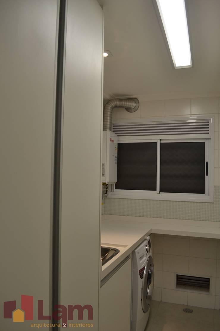 Área de Serviço: Cozinhas  por LAM Arquitetura | Interiores,Moderno