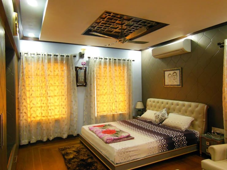 Residence.:  Bedroom by Rita Mody Joshi & Associates