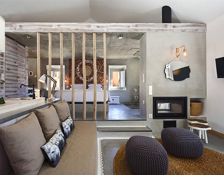 Camera da letto in stile In stile Country di SegmentoPonto4
