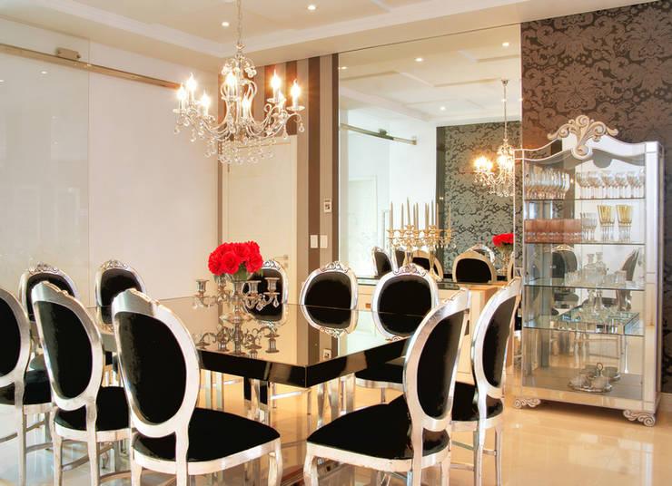 PROJ. ARQ. PENHA ALBA: Salas de jantar modernas por BRAESCHER FOTOGRAFIA