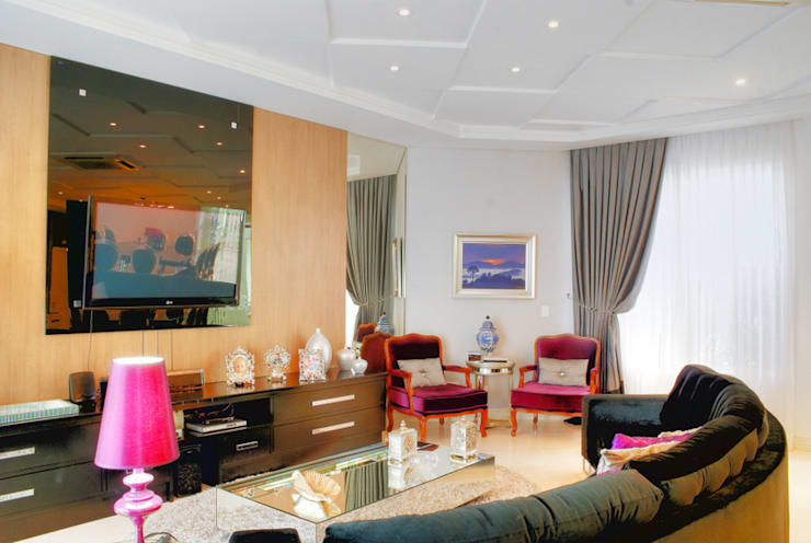 PROJ. ARQ. PENHA ALBA: Salas de estar modernas por BRAESCHER FOTOGRAFIA