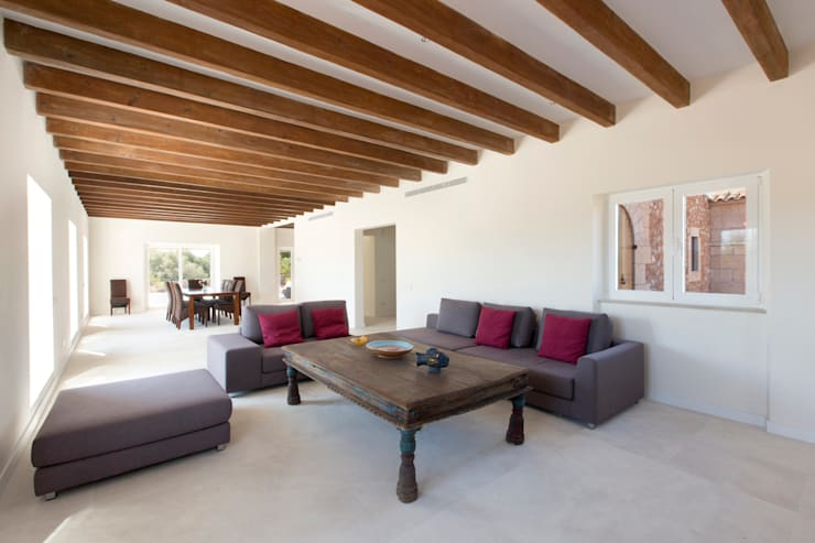 rustic Living room by ISLABAU constructora