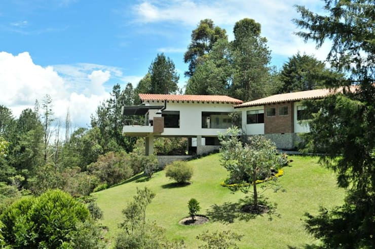 บ้านและที่อยู่อาศัย by WVARQUITECTOS