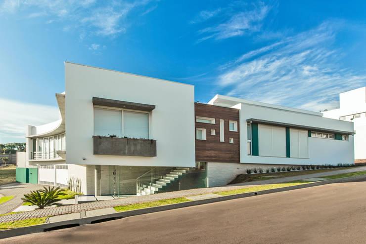 casa rg: Casas modernas por grupo pr | arquitetura e design