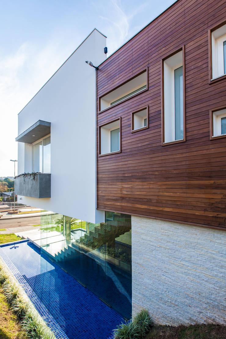 casa rg: Casas  por grupo pr | arquitetura e design