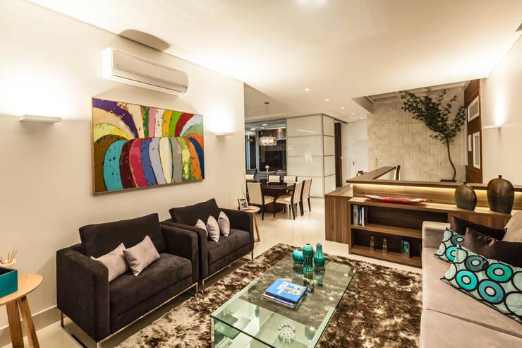 casa rg: Salas de estar modernas por grupo pr | arquitetura e design