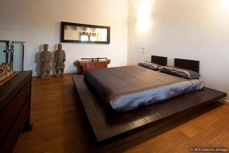 Casa etnica : Camera da letto in stile  di ADI ARREDAMENTI