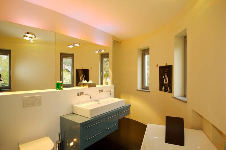 Ванная комната в . Автор – Atelier Fürtner-Tonn