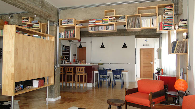 Sala aberta - ap orixás: Salas de estar  por omnibus arquitetura,