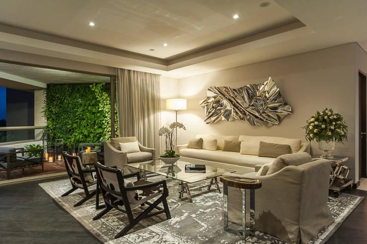 DEPARTAMENTO EN LOMAS: Salas de estilo  por HO arquitectura de interiores