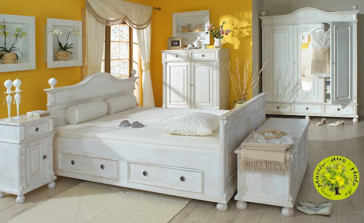 scandinavian Bedroom by Massiv aus Holz