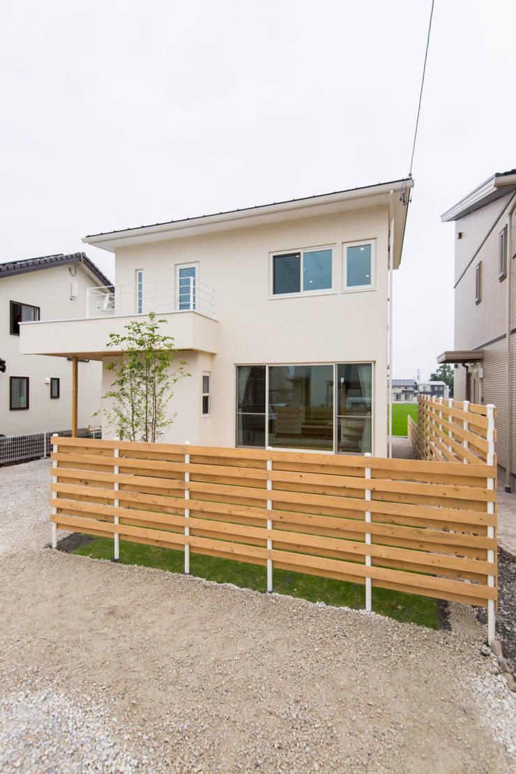 豊科の家。: 株式会社ルティロワ 一級建築士事務所が手掛けたです。