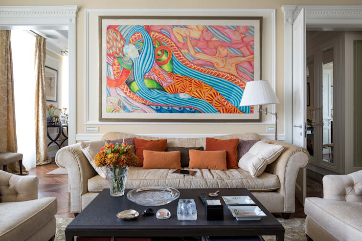 Классический интерьер и Умный дом - квартира-мечта!: Гостиная в . Автор – Art-In