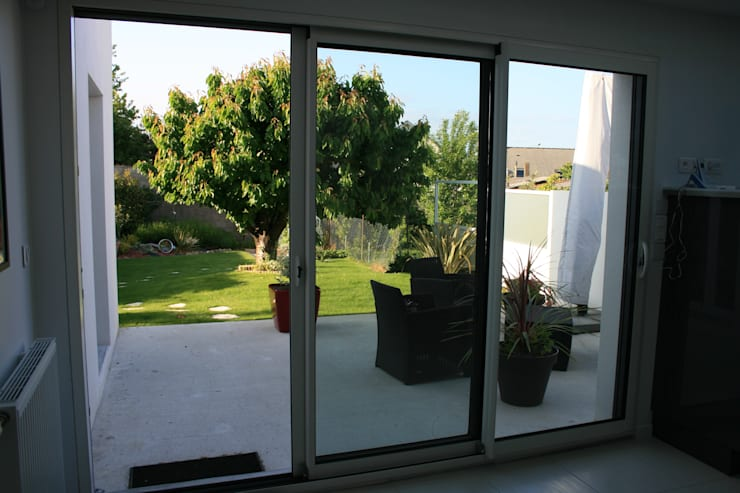 por Atelier FA - Achitecture d'intérieurs & d'extérieurs