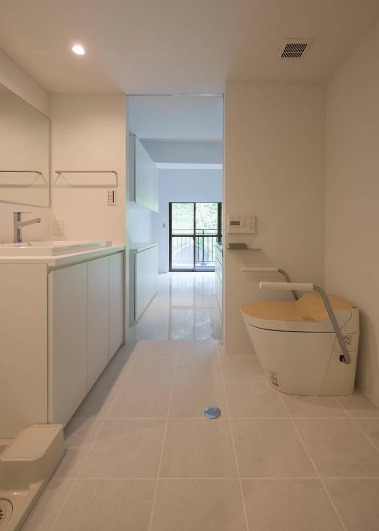 ROR: 一級建築士事務所アトリエソルト株式会社が手掛けた浴室です。,