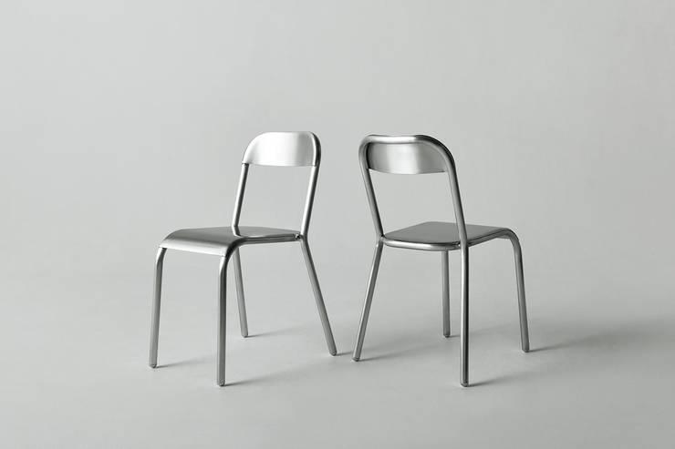 Aluminium Chair: YOTA KAKUDA DESIGNが手掛けたオフィス&店です。,
