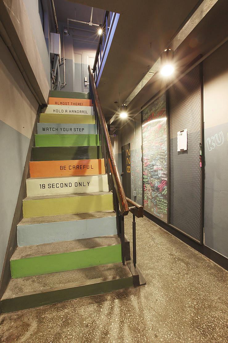 이태원 G-house: 건축집단 MA 의  호텔,러스틱 (Rustic)
