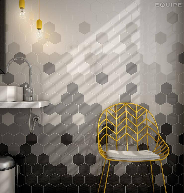 Ванные комнаты в . Автор – Equipe Ceramicas, Средиземноморский Керамика