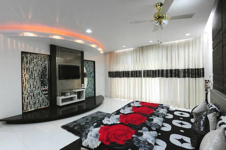 Bungalow:  Bedroom by ralife dewigbs