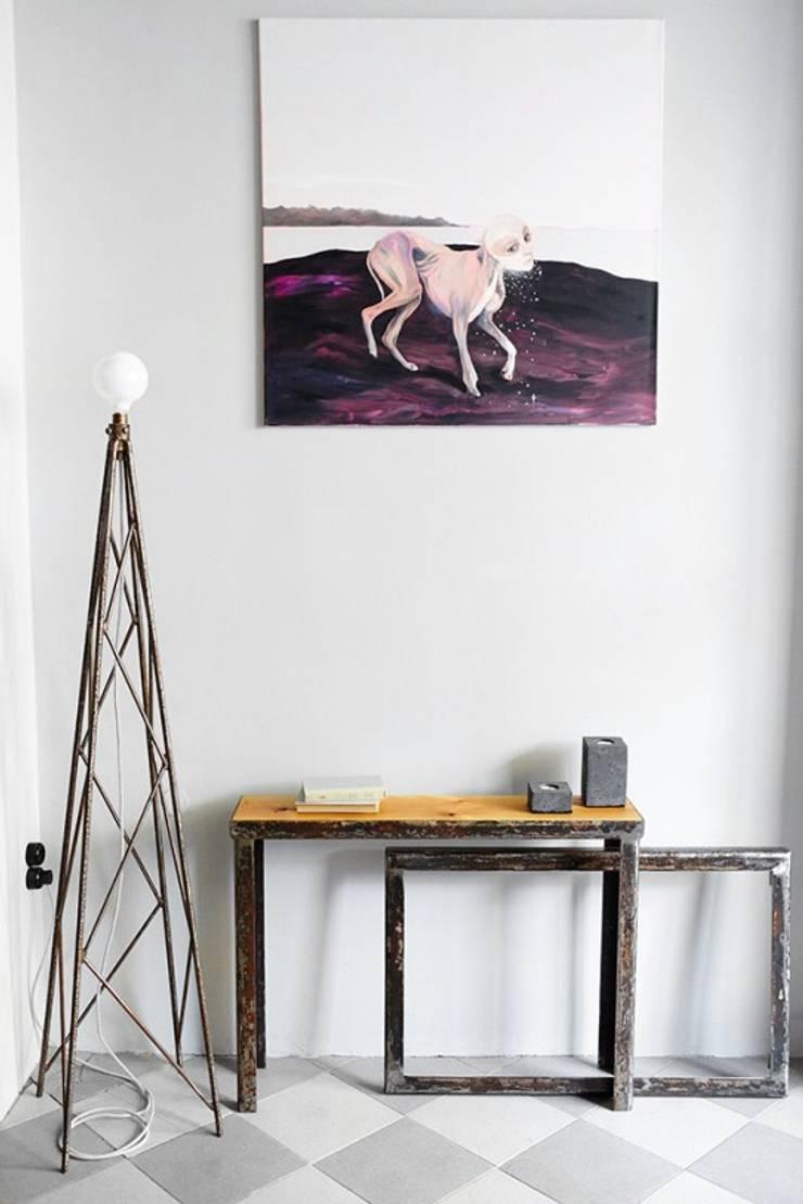 Lampa Industrialna : styl , w kategorii Korytarz, przedpokój zaprojektowany przez Rekoforma